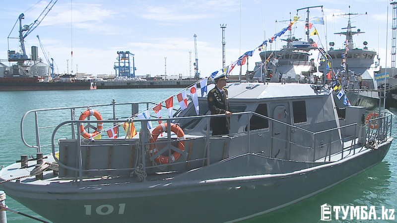 Казахстан укрепляет военно-морской флот на Каспии