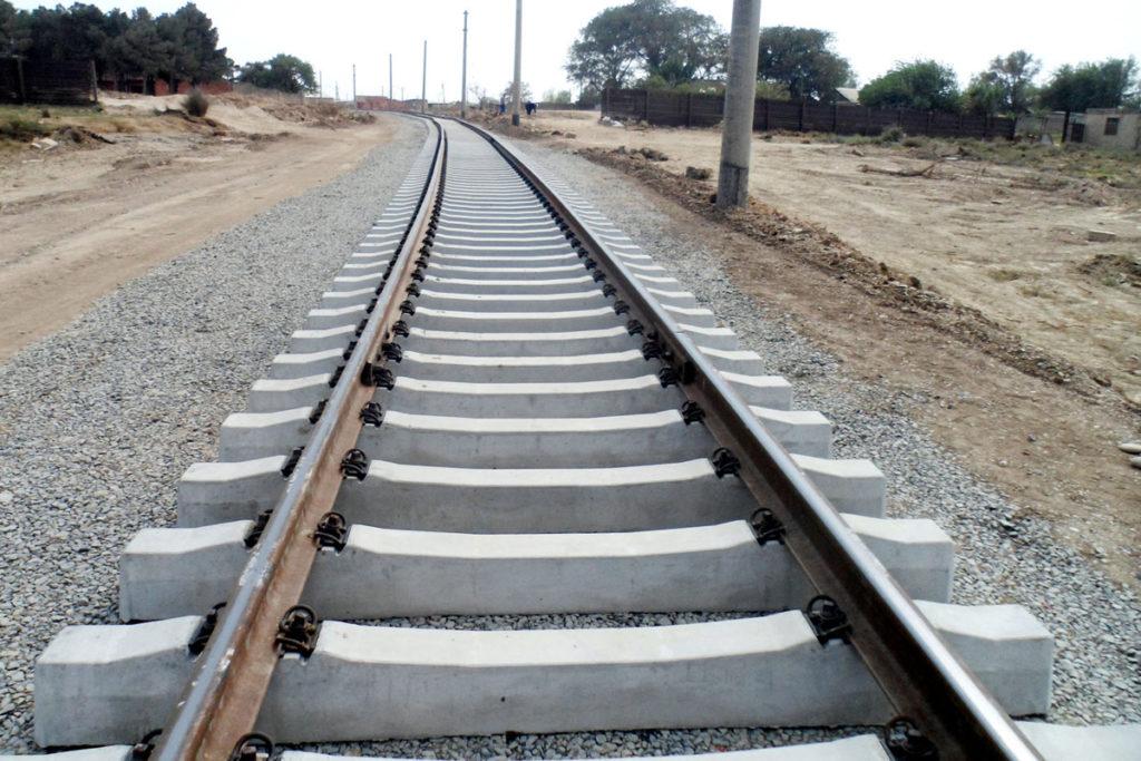 До конца октября откроется железнодорожная магистраль Баку-Тбилиси-Карс