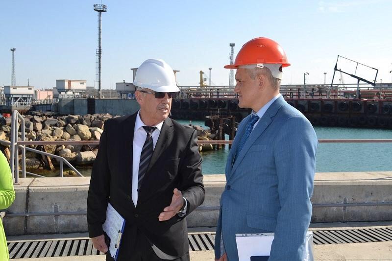 Украина налаживает экономические связи с портами Каспийского моря