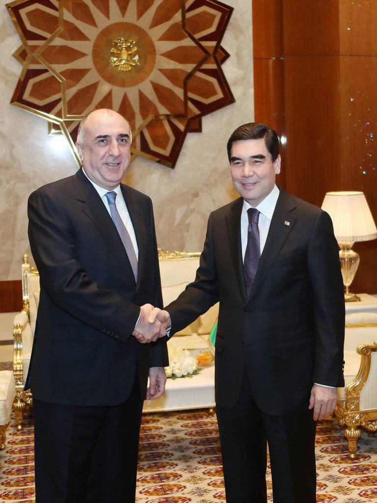 На заседании рабочей группы в Баку обсудили энергосотрудничество Азербайджана и Туркменистана