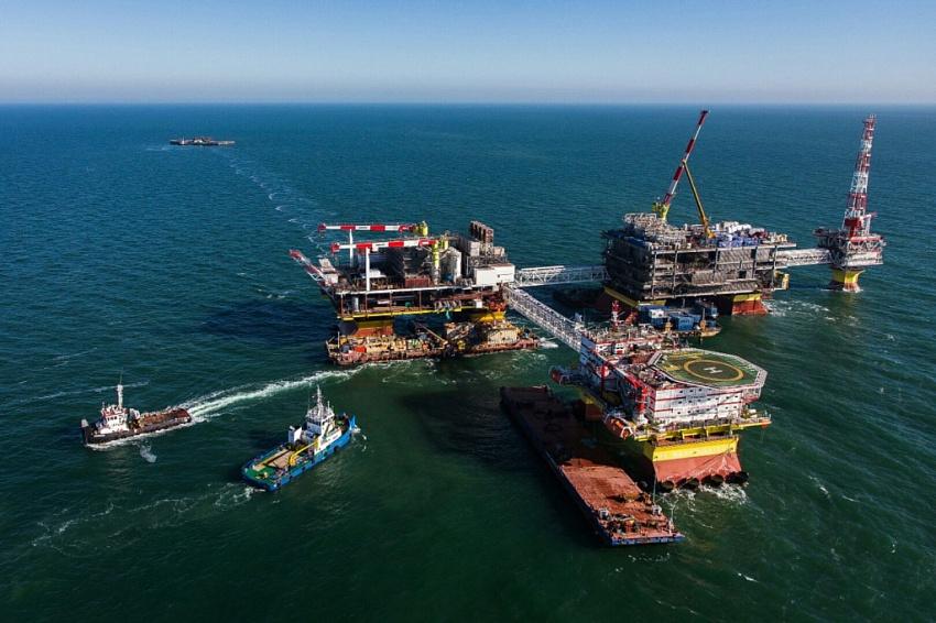 Иран играет на опережение в погоне за энергоресурсами — Александр Шустов