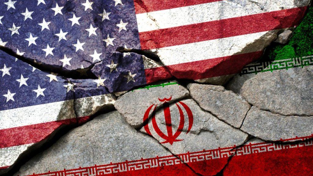 Азербайджанские эксперты об американских санкциях против Ирана