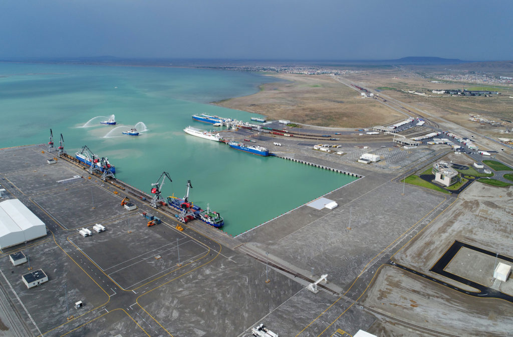 Новый азербайджанский морской торговый порт меняет логистику Каспийского региона