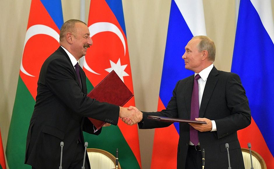 Президенты России и Азербайджана провели переговоры в Сочи