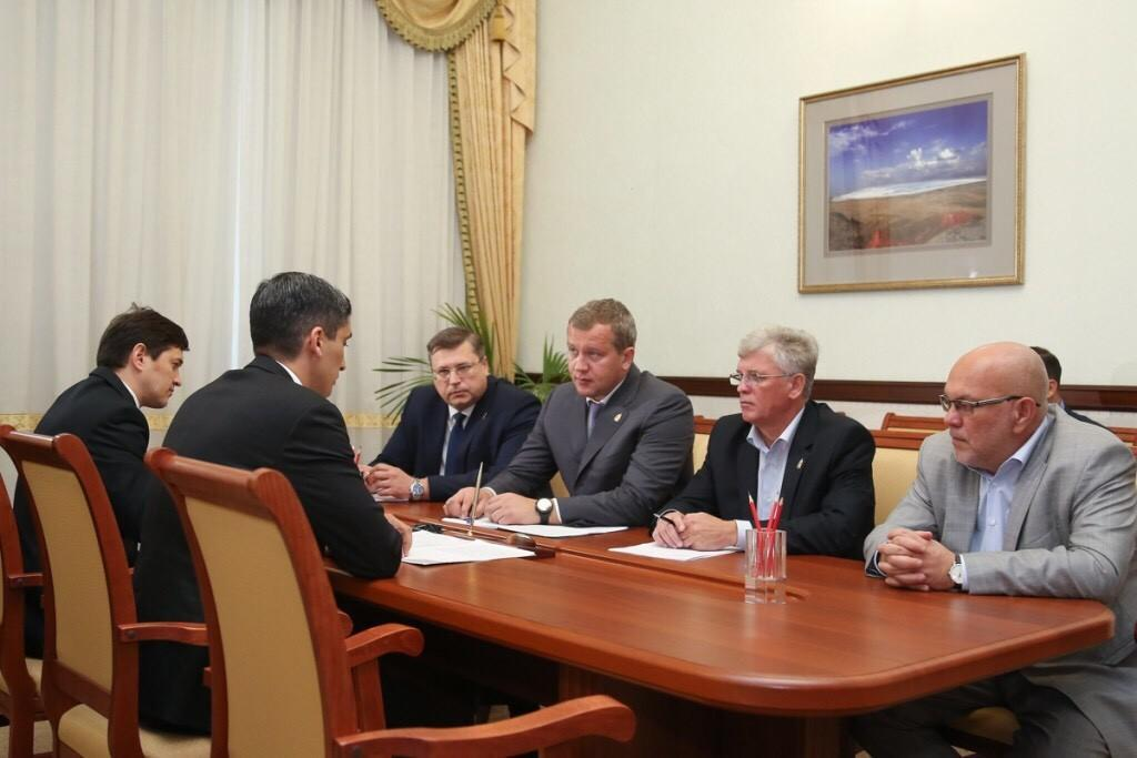 Врио губернатора Астраханской области принял консула Туркменистана