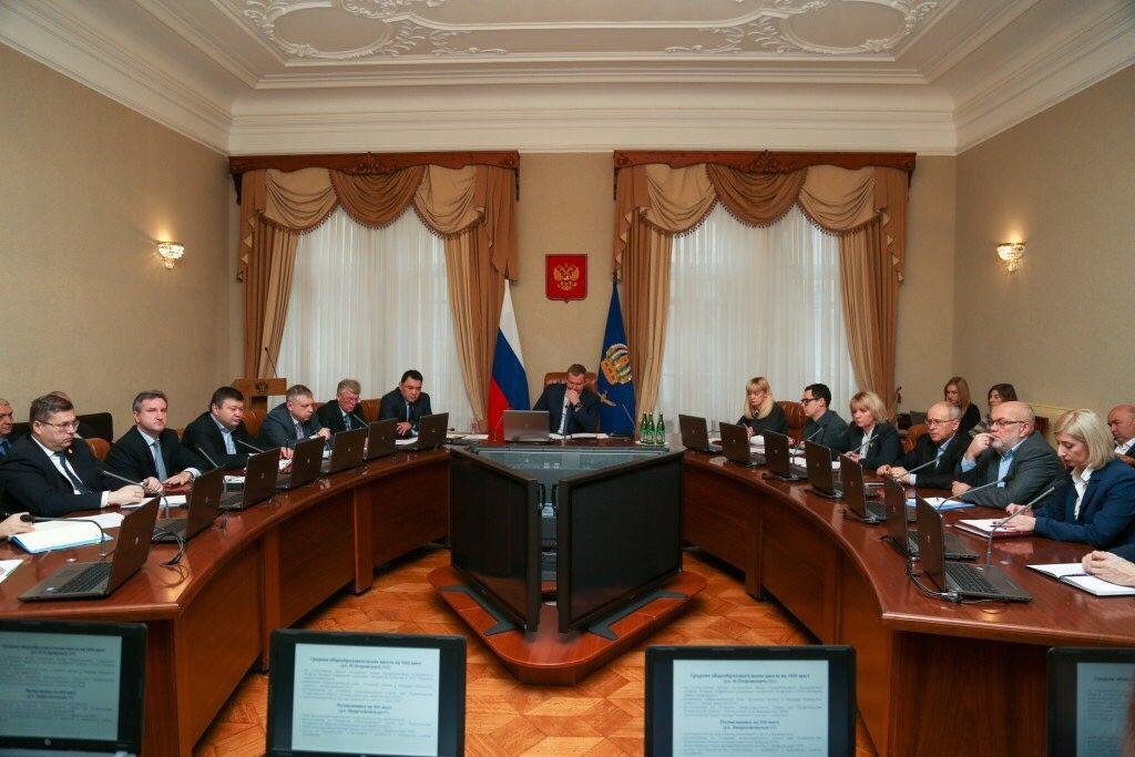 Власти Астраханской области займутся морским портом Оля