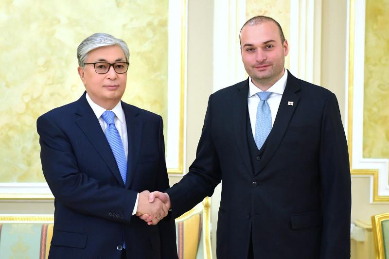 Казахстан и Грузия обсудили транскаспийские  перевозки