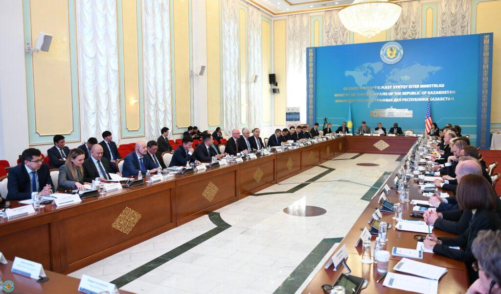 В Нур-Султане состоялся казахстанско-американский бизнес-форум