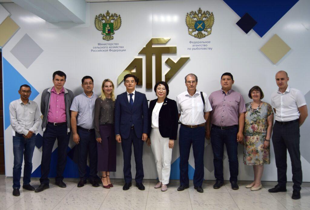 Отношения России и Казахстана в контексте президентских выборов обсудили  в Астрахани