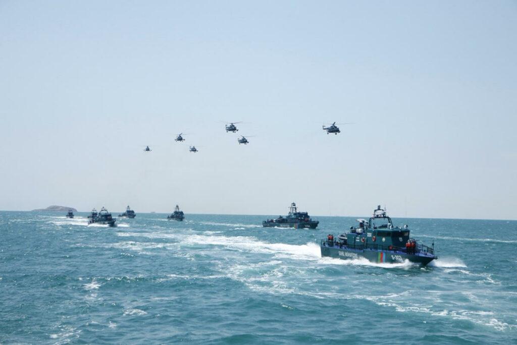 Азербайджан провел тактические учения на Каспийском море