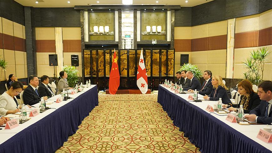 Грузия и Китая договорились о сотрудничестве в рамках развития Транскаспийского коридора