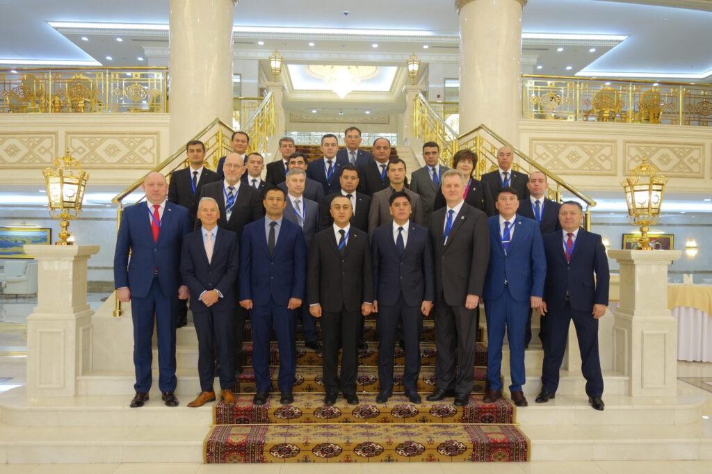 В Ашхабаде прошел семинар для пограничных и таможенных органов стран ЦАР