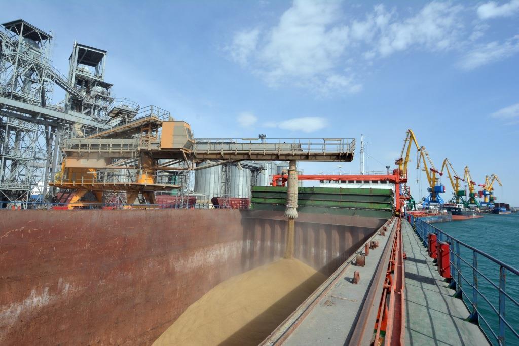 Экспорт казахстанского зерна в Иран затрудняют американские санкции