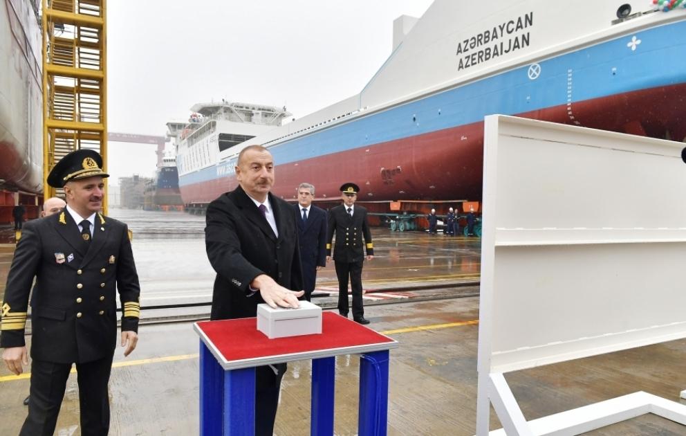 Азербайджан увеличивает флотилию торговых судов на Каспийском море