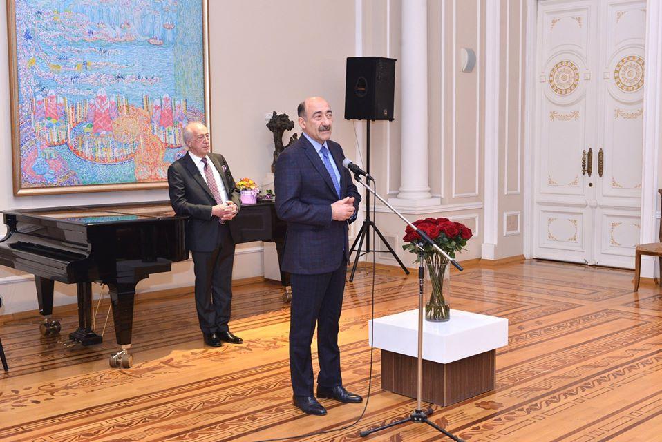 Бушующий и смолкающий Каспий, покорители моря — азербайджанские нефтяники