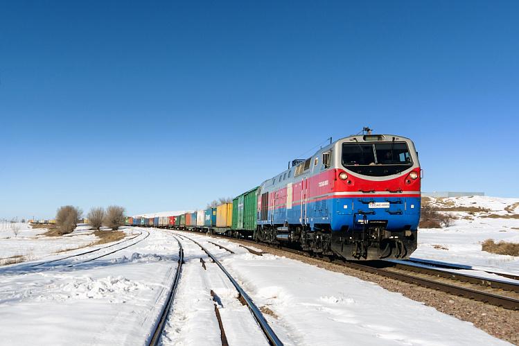Объявлено количество транзитных контейнерных поездов отправленных из Китая через Каспий