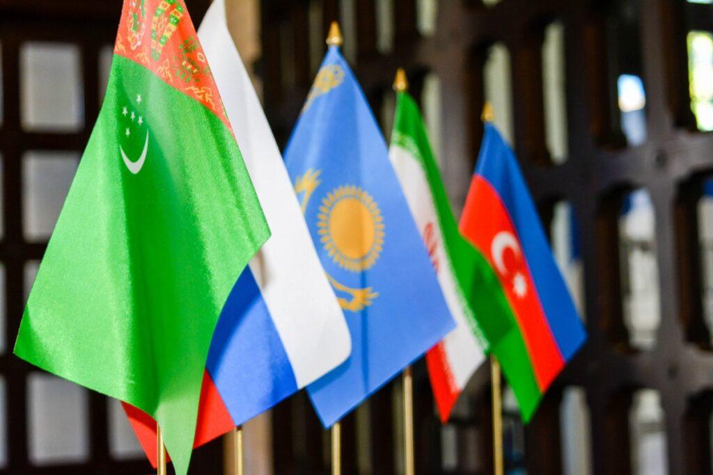Казахстан и Россия должны активизировать экономическое сотрудничество с Ираном — эксперт