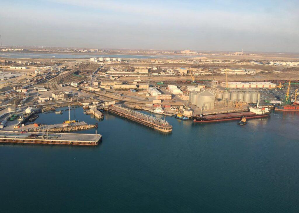 Снижение грузооборота через порт Актау зафиксировано по итогам 2019 года