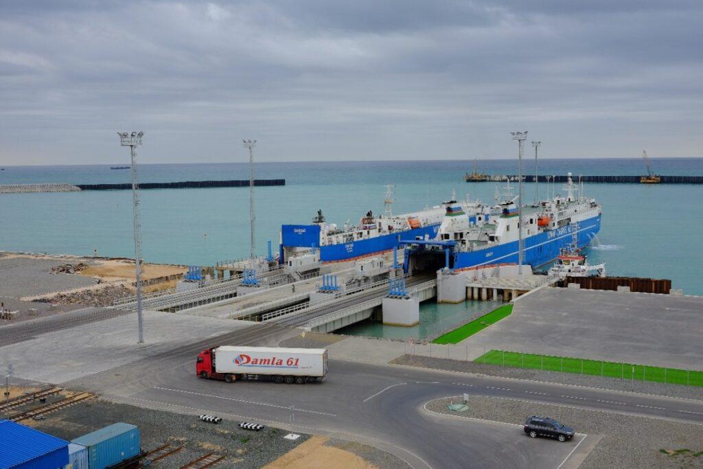 Грузооборот портов Казахстана в 2019 году превысил 5 млн. тонн