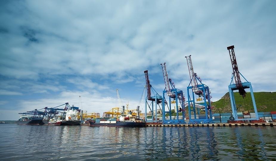 Махачкалинский морской порт удостоен диплома Ассоциации морских торговых портов страны