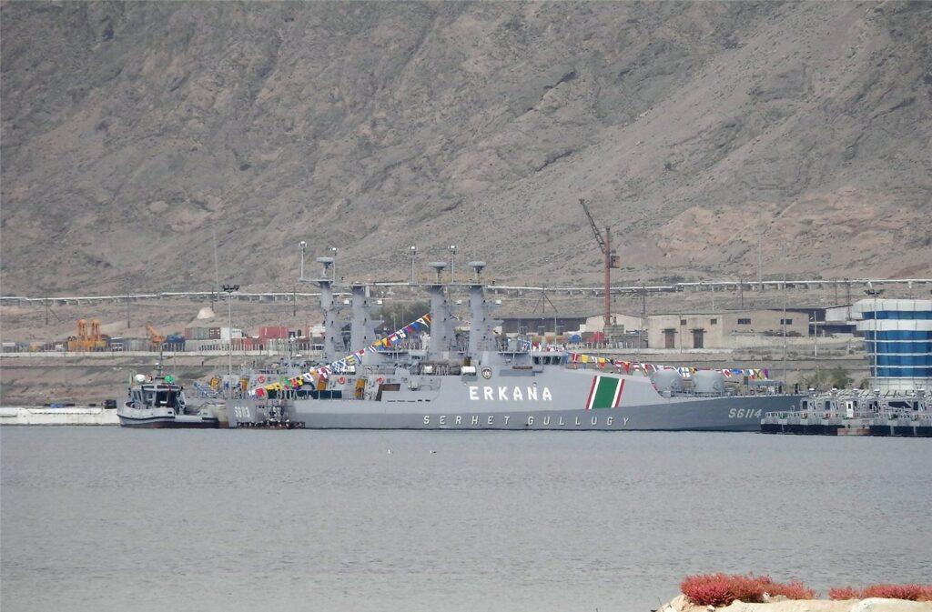 В Туркменистане ведётся строительство крупного военного корабля