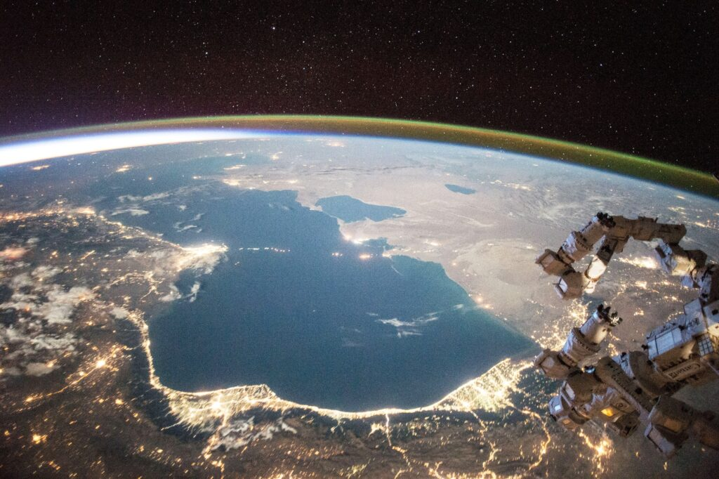 Каспий 20 лет назад. События марта-апреля 2000 года — Россия возвращается в регион