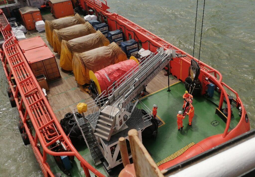 На Каспийском море проведены спасательные учения