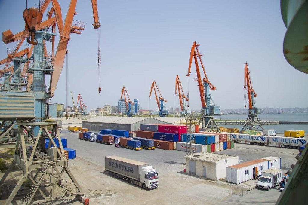 Бакинский международный морской торговый порт увеличил грузооборот
