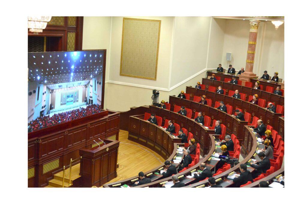 В Туркменистане будут внесены поправки в Конституцию