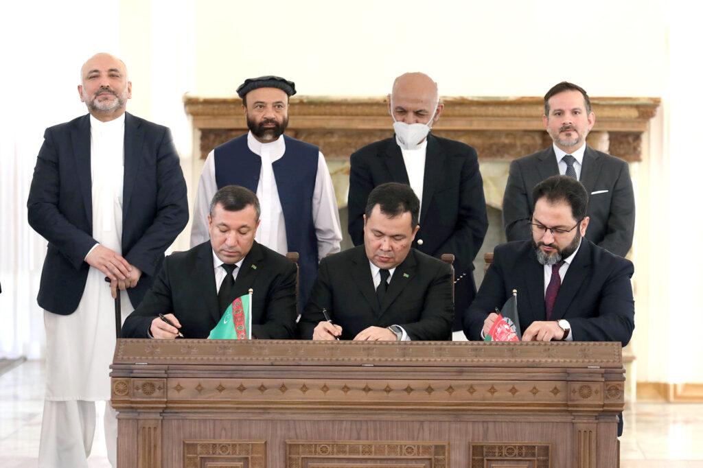 Туркмения и Афганистан работают над углублением двустороннего сотрудничества