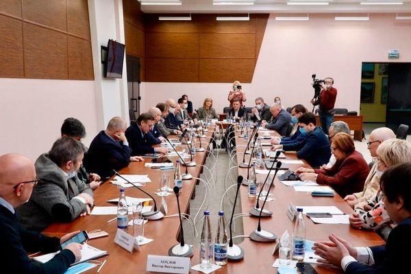 Ведущие политологи Юга России обсудили транспортный коридор «Север-Юг»