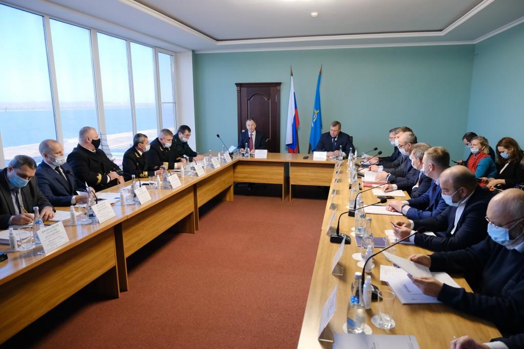 В Астрахани обсудили вопросы работы МТК «Север-Юг» и морскую проблематику