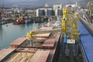 Грузооборот каспийских морских портов России за 12 месяцев 2020 года вырос 9,5 процентов