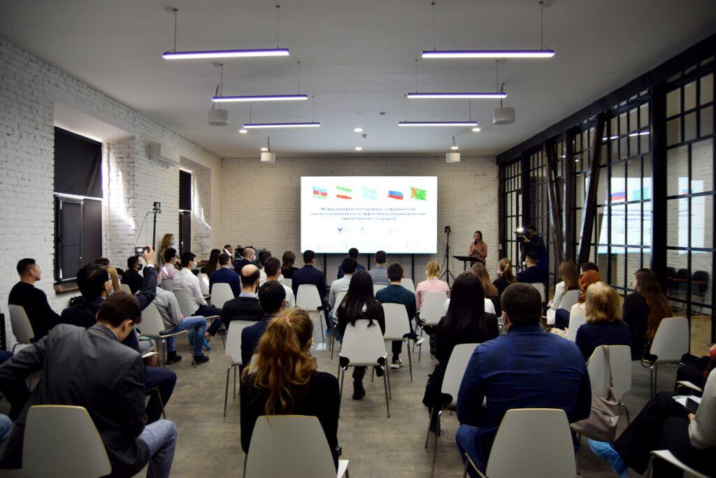 Держать руку на пульсе: молодёжь Прикаспия готова к совместным международным проектам