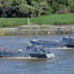 Катера и суда Каспийской флотилии России передислоцируются на Черное море