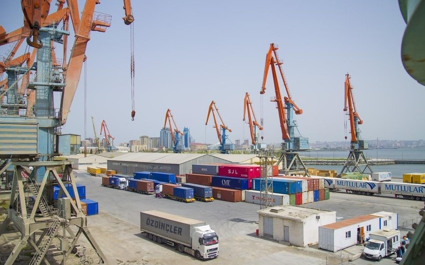 Обнародована статистика по грузоперевозкам через порты Азербайджана и коридор ТРАСЕКА