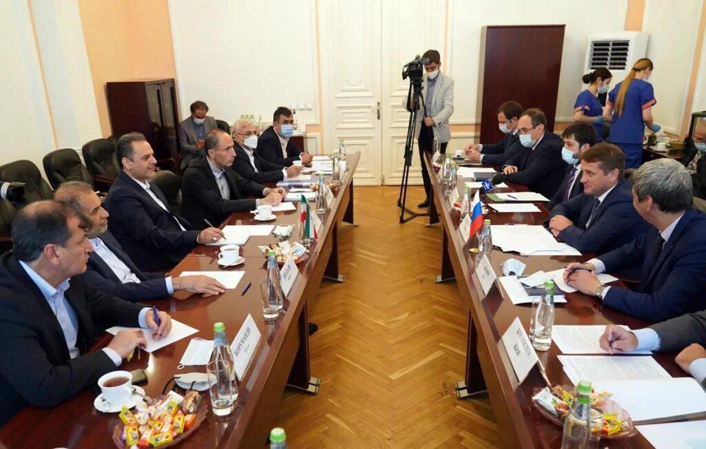 Россия и Иран договорились о совместных исследованиях рыбных запасов Каспия