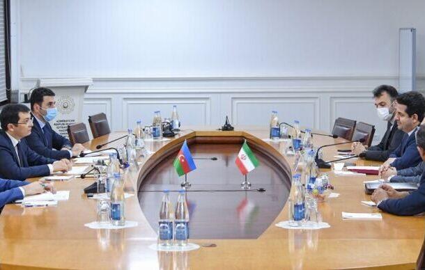 Тегеран и Баку обсуждают расширение торговых связей