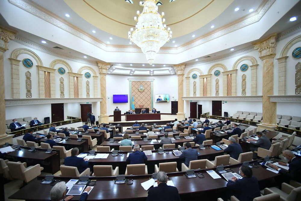 Сенат Казахстана ратифицировал соглашение с Азербайджаном о сотрудничестве по миграции
