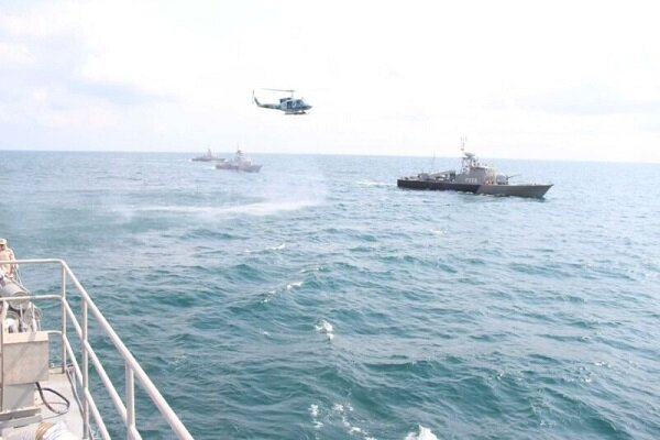 Военно-морские силы Исламской Республики Иран провели учения на Каспийском море