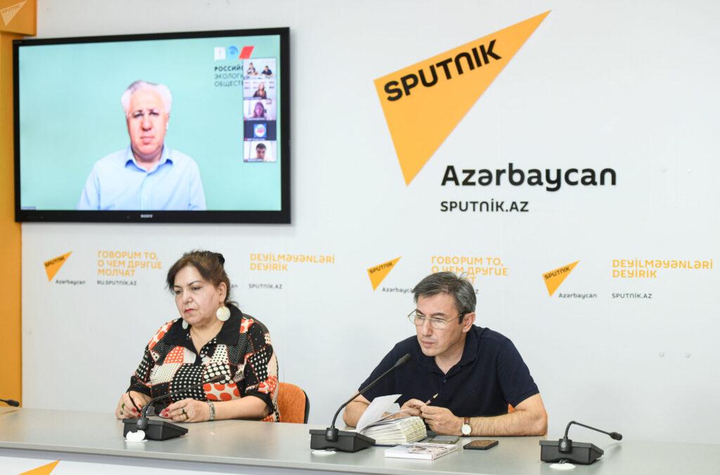 В Баку состоялся круглый стол «Решение экологических проблем Каспийского моря»