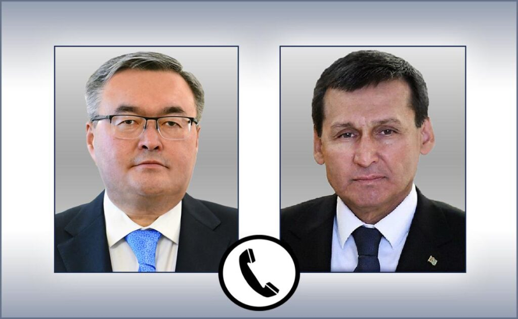 Главы МИД Туркменистана и Казахстана рассмотрели реализацию достигнутых договоренностей