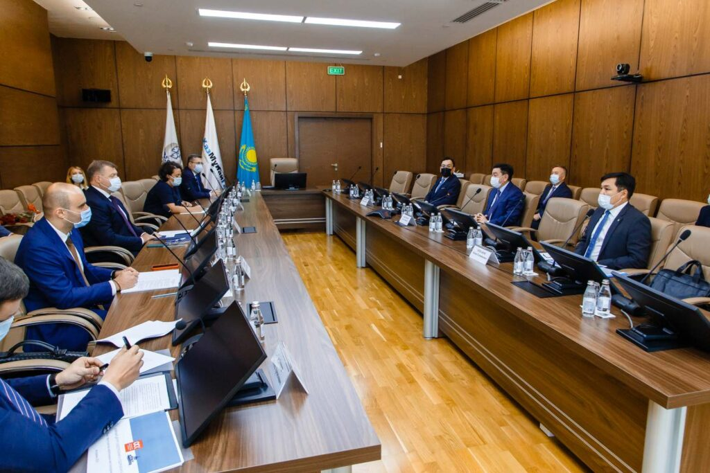 Астраханская область и Казахстан обсудили планы по судостроению — подробности переговоров