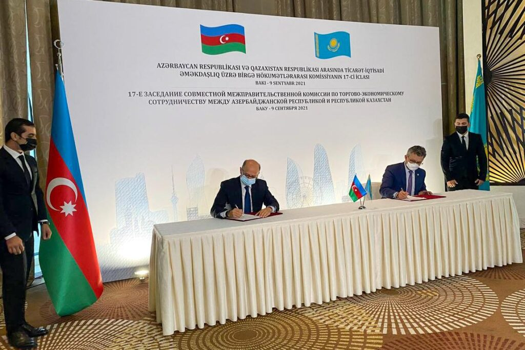 Азербайджан и Казахстан планируют интенсифицировать сотрудничество на Каспии