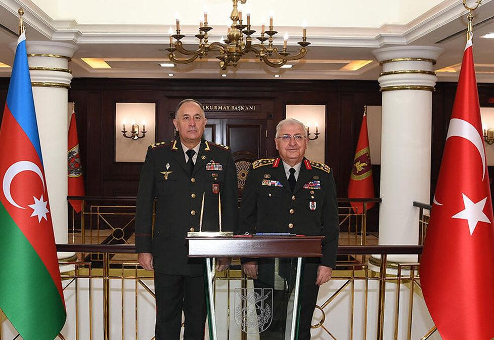 Азербайджан и Турция продолжают проведение совместных военных мероприятий