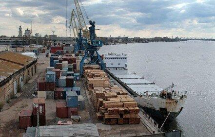 90 процентов грузов в портах Астрахани следуют в иранском направлении