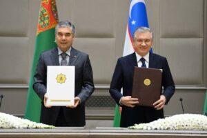 Главы Туркменистана и Узбекистана договорились развивать сотрудничество на Каспии