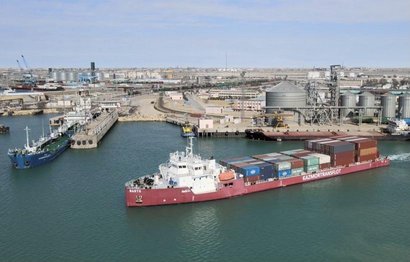 KTZ Express из порта Актау в Баку перевез 8,7 тысячи ДФЭ за 8 месяцев 2021 года