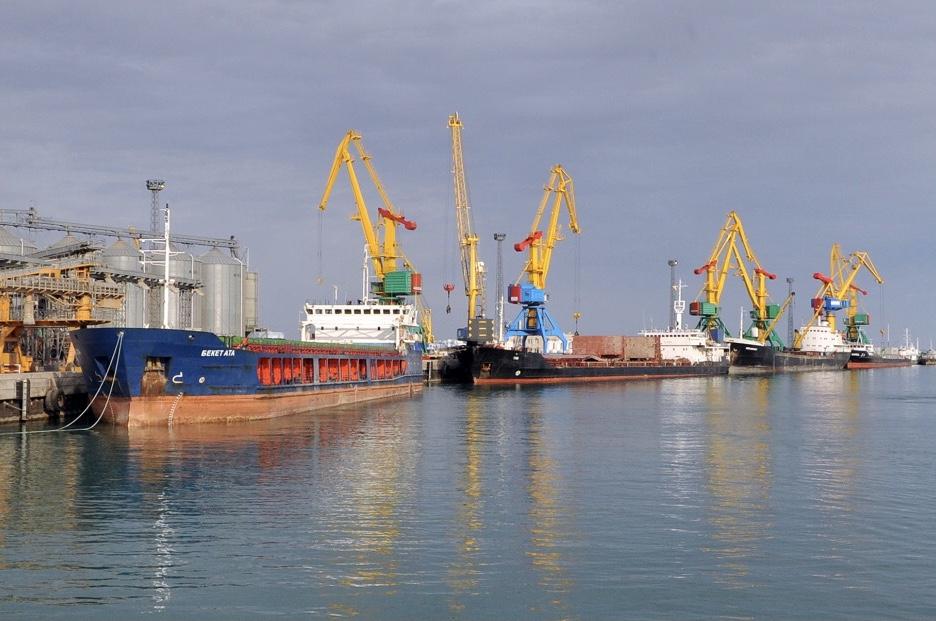 В казахстанском порту Актау повышают конкурентоспособность через развитие новых транзитных маршрутов